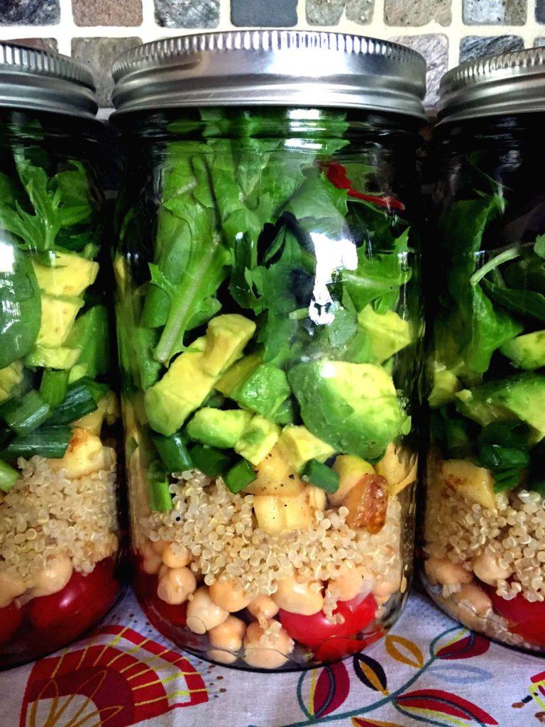 Quinoa salads in a jar easy meal prep ideas.